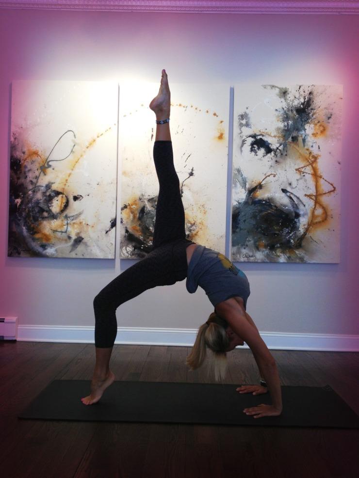 art_gallery_yoga
